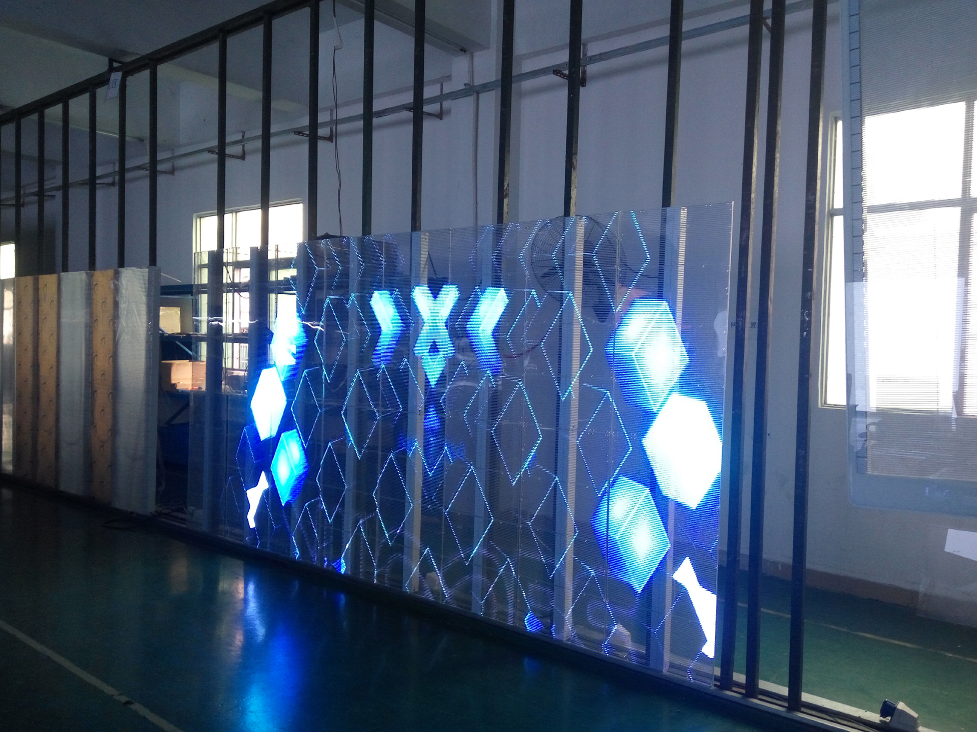Transparent Led Screen Transparent Glass Display Concre